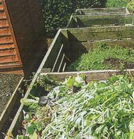 Деревянные ящики для компоста (для сортировки сырья по скорости перепревания)